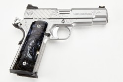 Wilson Combat CQB Commander, 9mm, Stainless Steel
