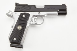 Wilson Combat CQB Elite, Commander, .38 Super, Two-Tone, Black/Stainless